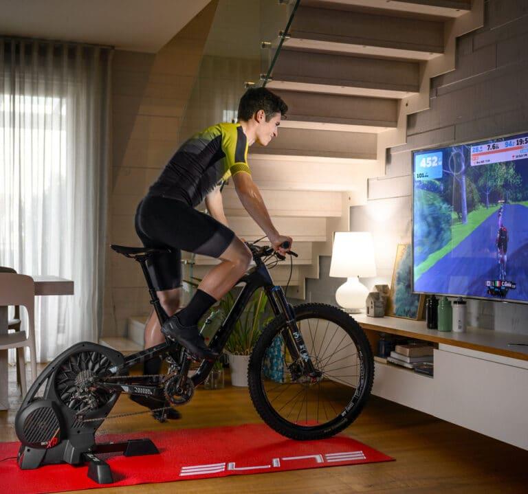 Elite Direto XR indendørs cykeltræner.
