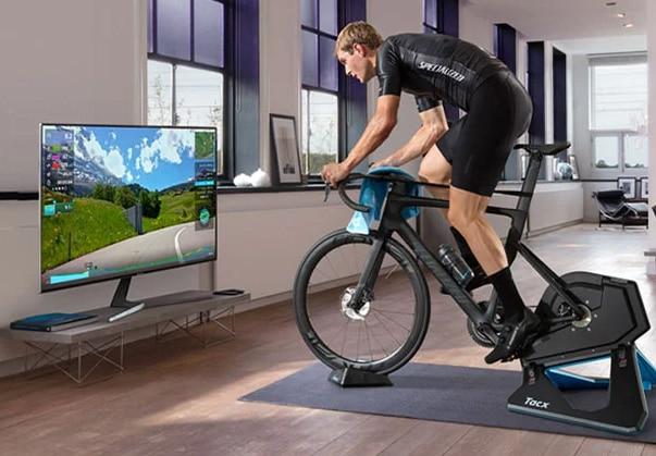 Tacx Neo 2T interaktiv hometrainer cykelsimulator.
